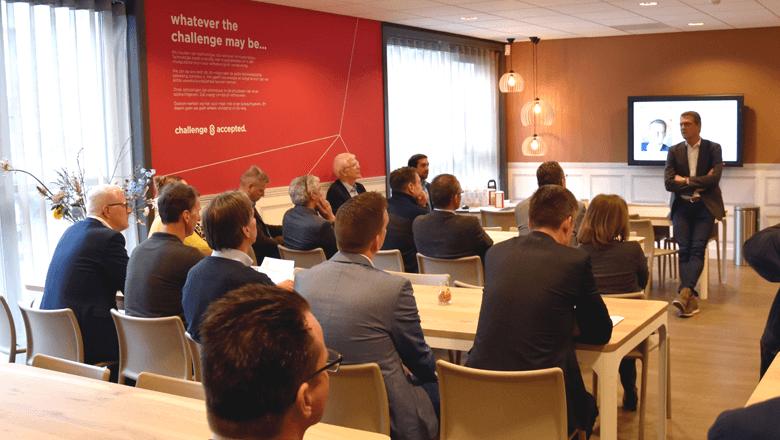 Discussie IoT commercieel maken bij Sentech